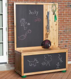 Free Toy Box Plans with Chalkboard