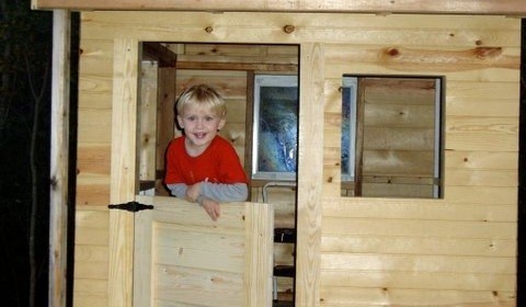 Free Playhouse Plans with Deck