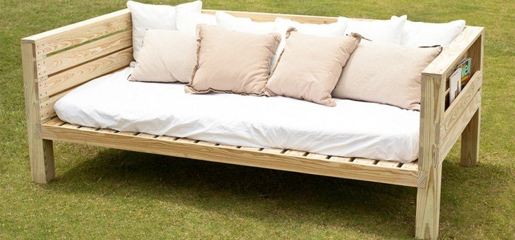 Free Daybed Plans